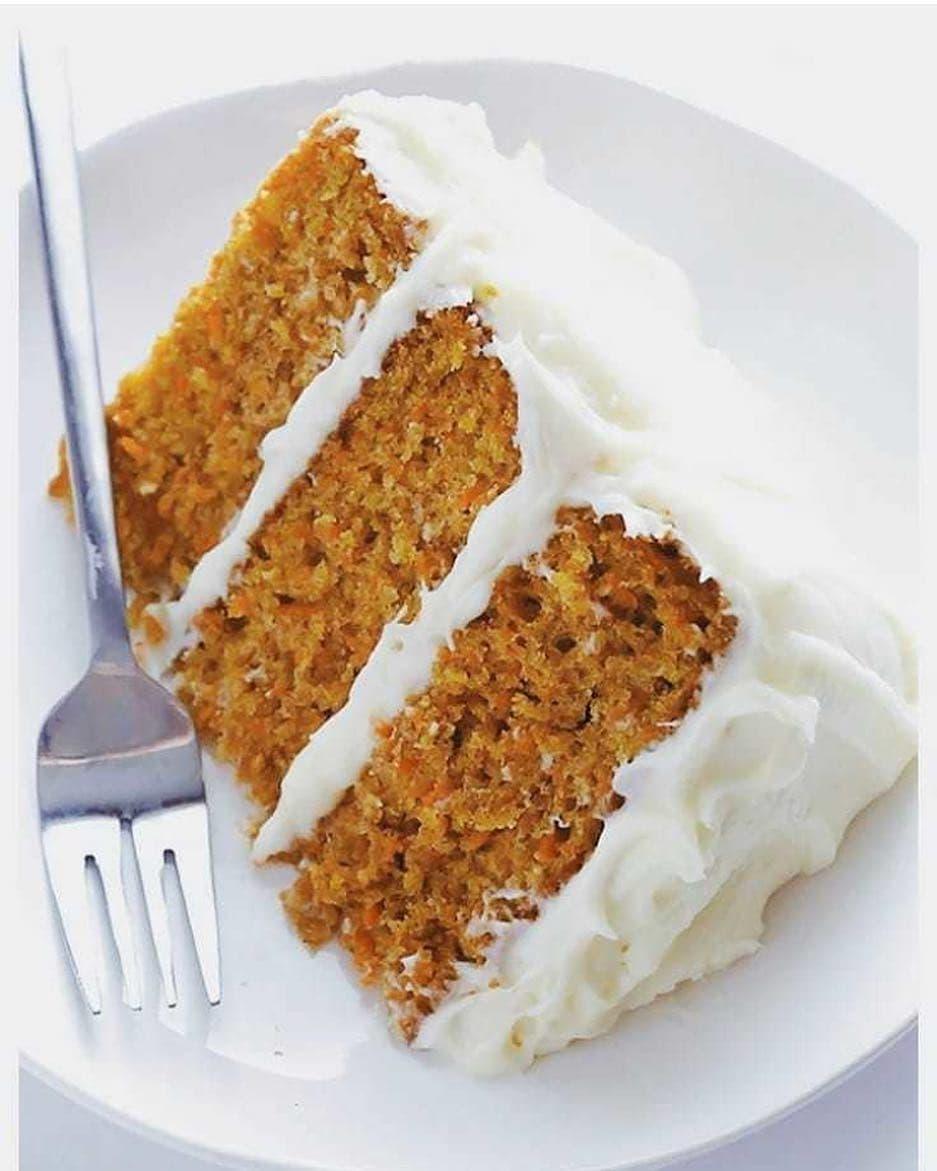 Diētiski sulīgā burkānu kūka