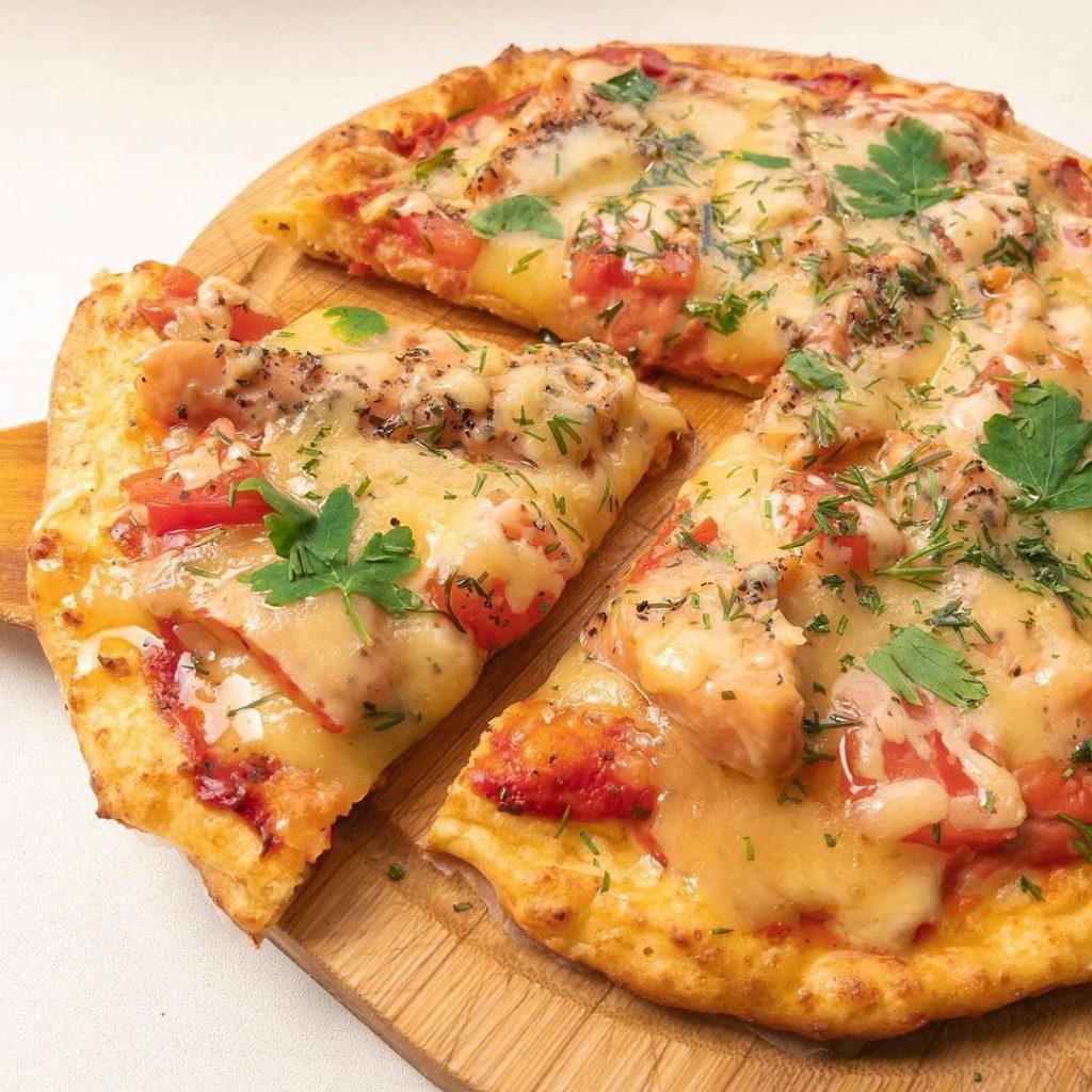 Cepeškrāsnī fiksi pagatavojamā pica