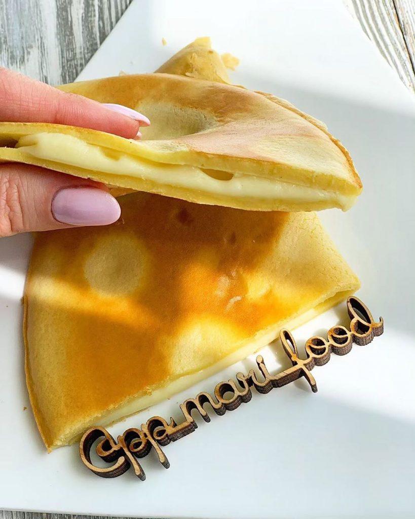 Kukurūzas pankūkas ar siera pildījumu