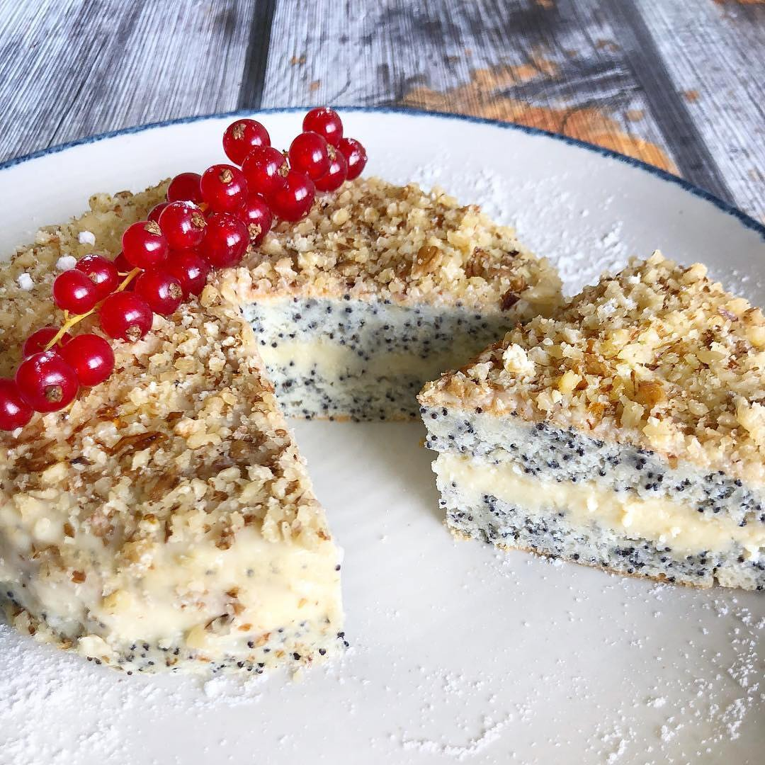 Maigā magoņu torte
