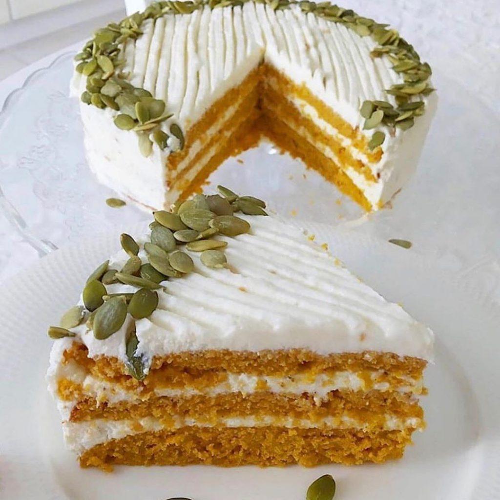 Mazkaloriju ķirbju torte