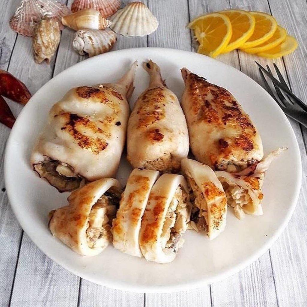 Pildīti pusdienu kalmāri