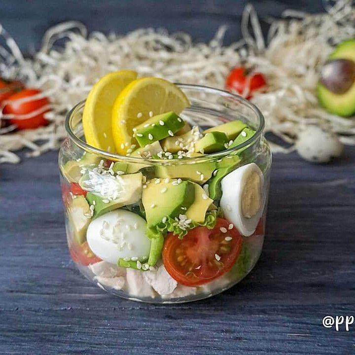 Salāti burciņā
