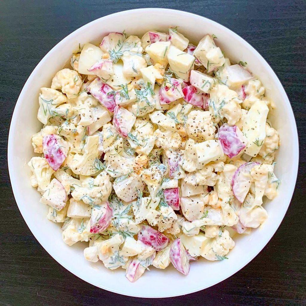 Sātīgie salātiņi ar svaigu garšu