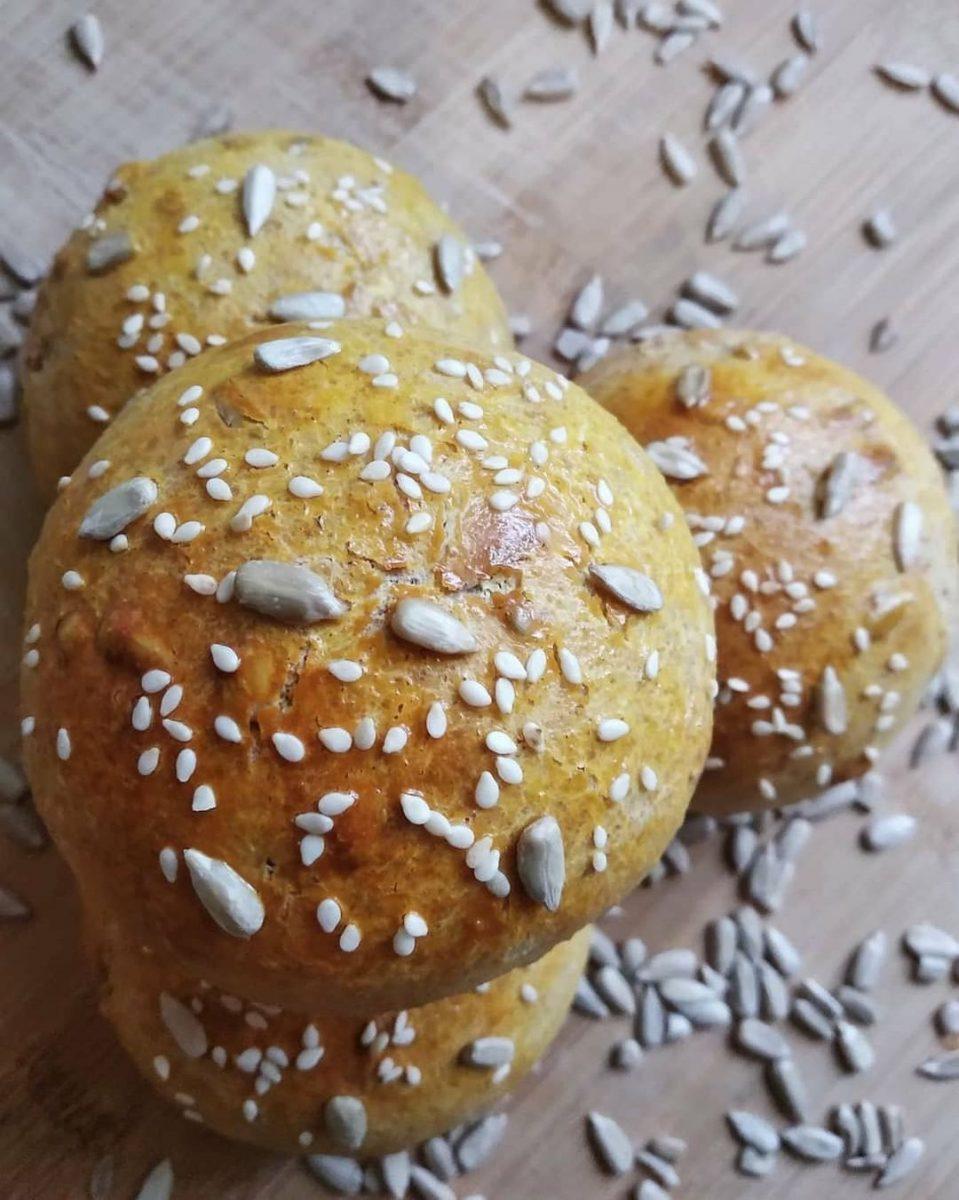 Vērtīgā mājās gatavotā maize