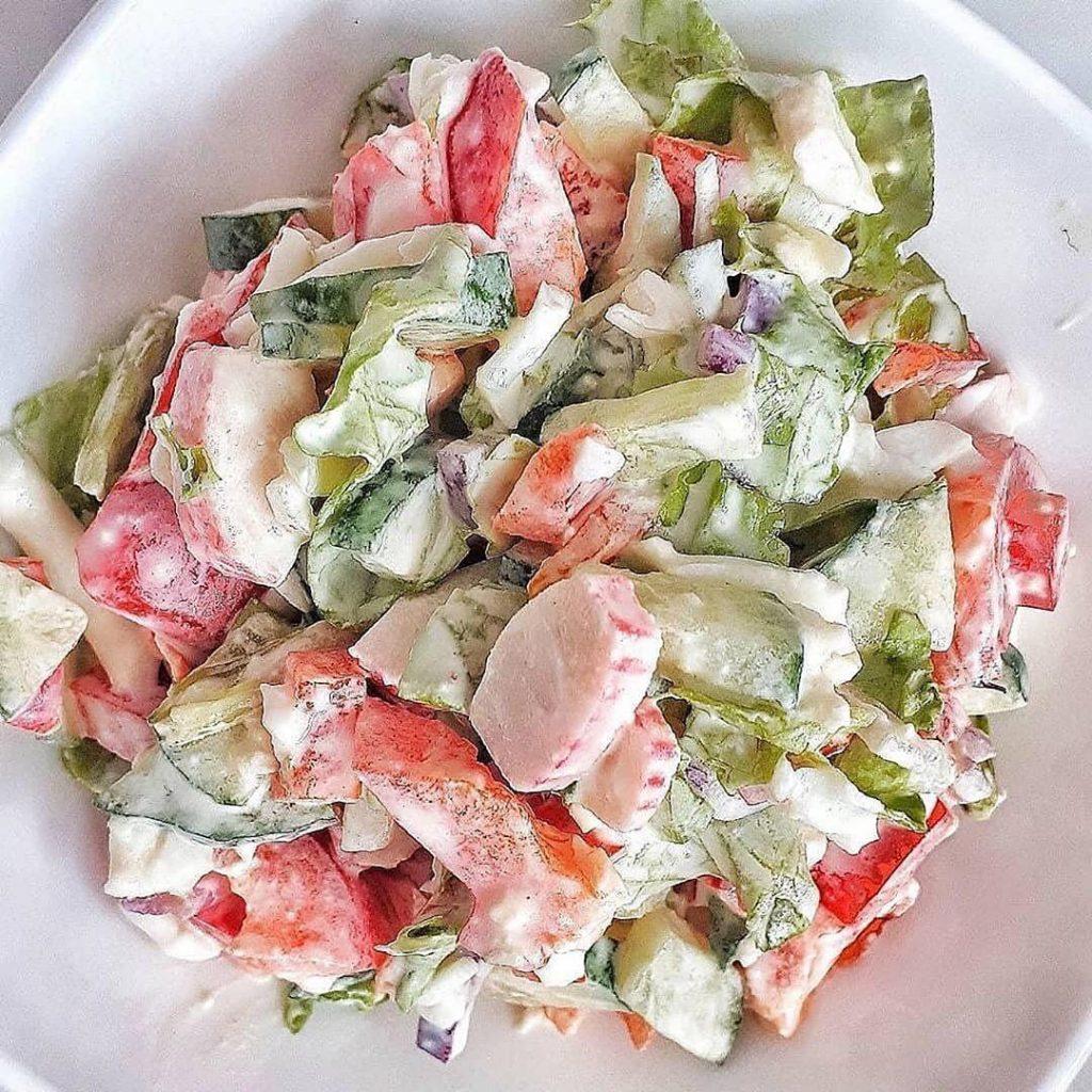 Vieglie salāti vakariņām