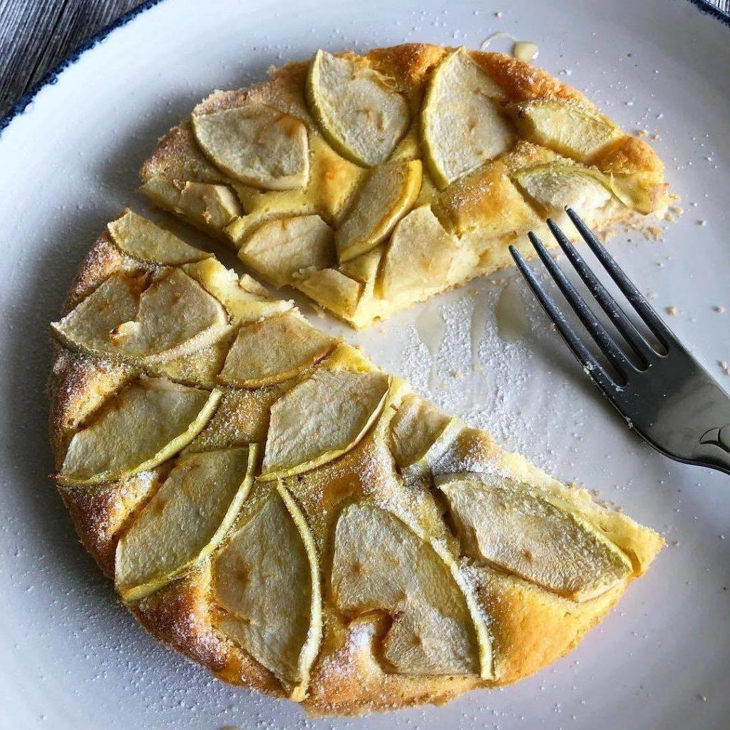 Vienkārša ābola pīraga recepte