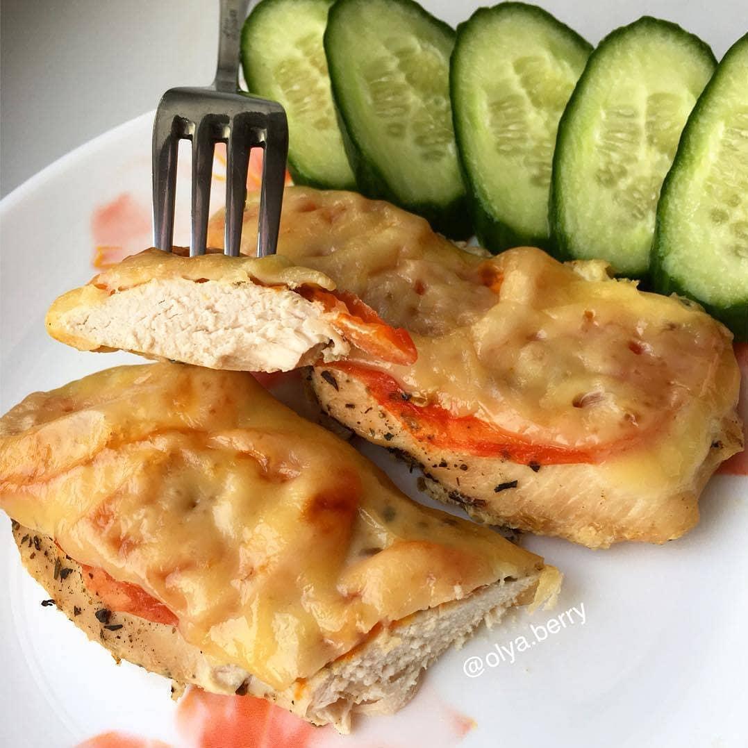 Vistas fileja ar tomātu un sieriem